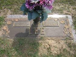 Lucille <i>Barnes</i> Lee