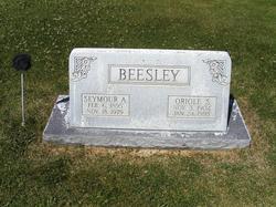 Oriole Winnefred <i>Simonsen</i> Beesley