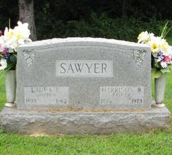 Laura E Sawyer