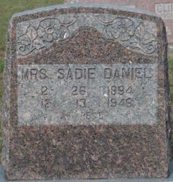 Mrs Sadie Phyrne <i>Doshier</i> Daniel