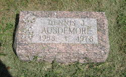 Dennis J Ausdemore