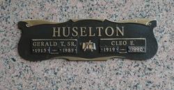 Cleo Evelyn <i>Henry</i> Huselton