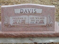 Lee Wilmer Davis