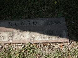 Sally Francis <i>Wylie</i> Munro
