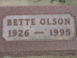 Bette <i>Petheram</i> Olson