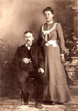 Mary Elizabeth <i>Reitzer</i> Balzen