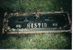 Betty Jean <i>Baker</i> Austin