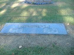 Oma E Houchens