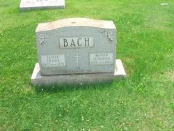 Howard Bach