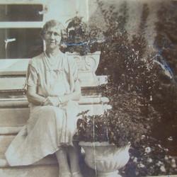 Elsie Beatrice <i>Fell</i> Mahan