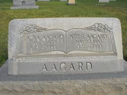 Anna Laura <i>Memmott</i> Aagard