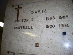 Bertrell Mary <i>Yaryan</i> Davis