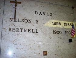 Nelson Richard Davis