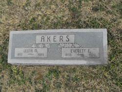 Everett Elmer Akers