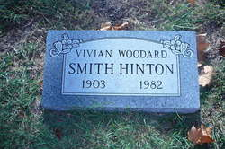 Vivian <i>Woodard Smith</i> Hinton