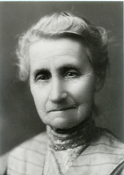 Emily A Booth