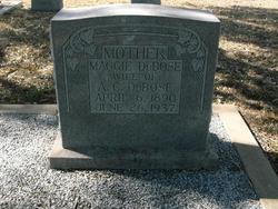 Margaret Maggie <i>Steen</i> DuBose