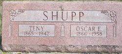 Oscar E Shupp