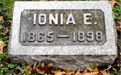 Ionia Esther <i>Lovett</i> Brown