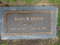 Tracy Smith <i>Robinson</i> Oliver