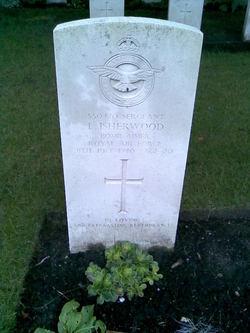 Sergeant (Bomb Aimer) Leonard Isherwood