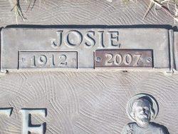 Mary Josie <i>Ortiz</i> Durante