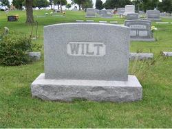 Caroline Wilt