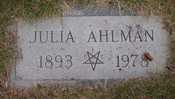 Julia Ahlman