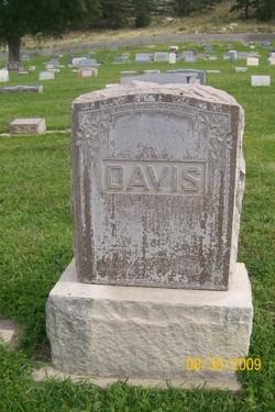 Charles William Bill Davis