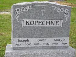 Gwen L. <i>Jennings</i> Kopechne