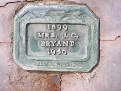 Linnie <i>Whiteaker</i> Bryant