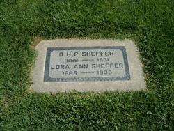 Lora Sheffer