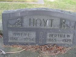 Bertha W Hoyt