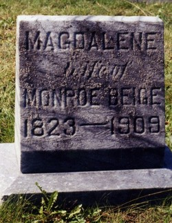 Magdalene <i>Pieffer</i> Beige