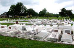 Crescent Farm Cemetery