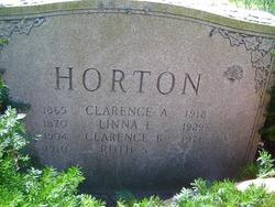 Ruth Mae <i>Simson</i> Horton