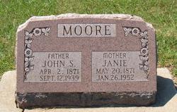 Janie <i>McMillion</i> Moore