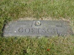 Loretta <i>Laumer</i> Goetsch