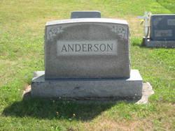 Helen M <i>Pentlow</i> Anderson