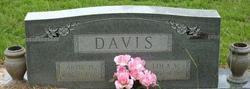 Artie H Davis