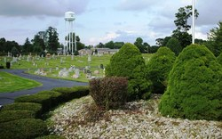 South Lawn Cemetery