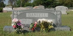 Barnie Lee Daniell