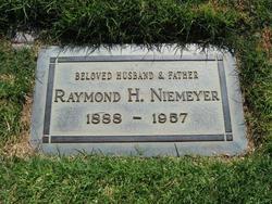 Raymond Henry Niemeyer