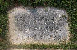Della <i>Bassett</i> Bahls