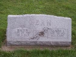 Gladys E. <i>McLean</i> Bean