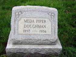Meda <i>Piper</i> Doughman