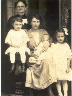 Mary Lucy <i>Miller</i> McReynolds
