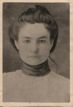 Mary Jenetty <i>George</i> Jones