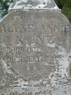 Alyne Annie Kunz