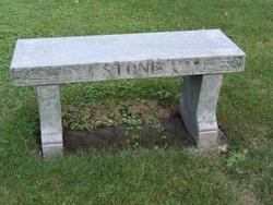 Lulu W Stone